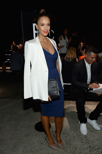 Oversized Purse「Narciso Rodriguez - Front Row - Spring 2016 New York Fashion Week」:写真・画像(17)[壁紙.com]