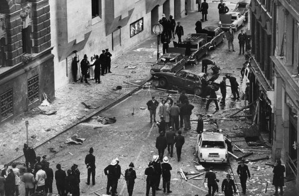 Exploding「Bomb At Old Bailey」:写真・画像(7)[壁紙.com]