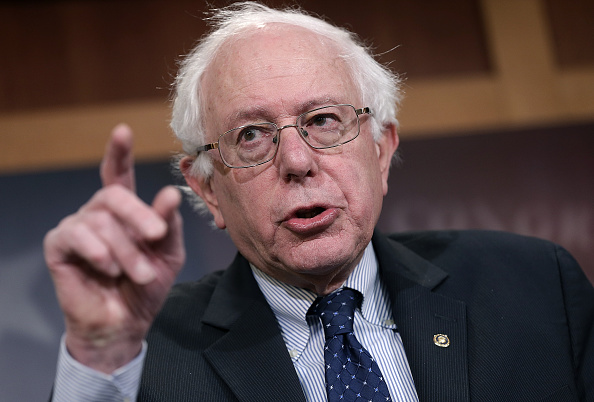 Bernie Sanders「Sen. Bernie Sanders (I-VT) Speaks Against GOP's Plan For Social Security And Medicare」:写真・画像(2)[壁紙.com]
