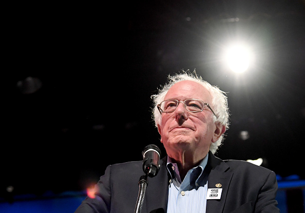 Bernie Sanders「Sen. Bernie Sanders Attends Rally For Nevada Democrats In Las Vegas」:写真・画像(14)[壁紙.com]