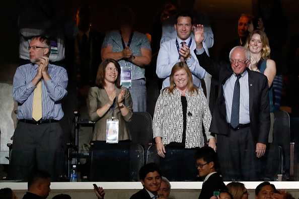 US Democratic Party 2016 Presidential Candidate「Democratic National Convention: Day Two」:写真・画像(2)[壁紙.com]