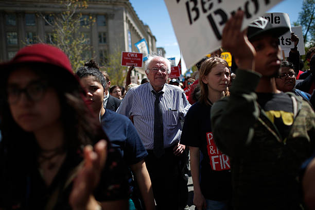 Bernie Sanders Leads March Against Fast Track Trade:ニュース(壁紙.com)