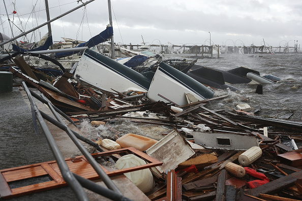 Moored「Hurricane Michael Slams Into Florida's Panhandle Region」:写真・画像(2)[壁紙.com]
