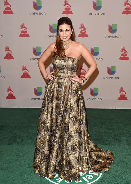 Strapless Evening Gown「15th Annual Latin GRAMMY Awards - Arrivals」:写真・画像(3)[壁紙.com]