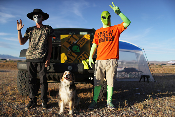 "Geographical Locations「Revellers Descend On Nevada Desert For ""Storm Area 51"" Gathering」:写真・画像(2)[壁紙.com]"