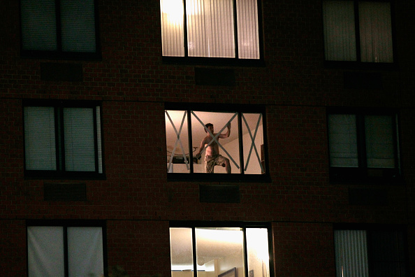 Apartment「New York City Begins Preparing For Direct Hit By Hurricane Irene」:写真・画像(10)[壁紙.com]
