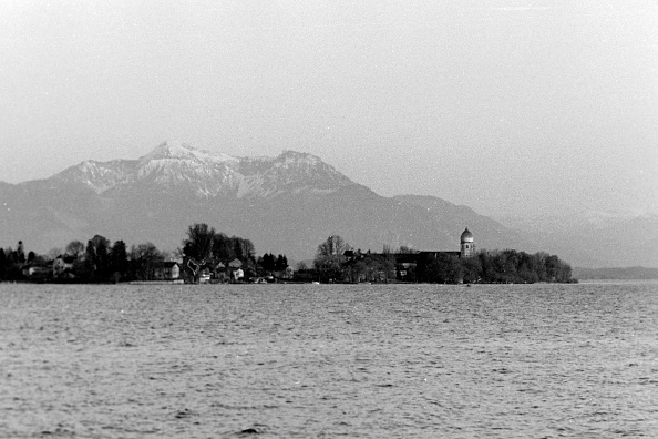 Island「At The Chiemsee」:写真・画像(12)[壁紙.com]