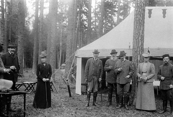 Nicholas Hunt「Family of Tsar Nicholas II of Russia」:写真・画像(2)[壁紙.com]