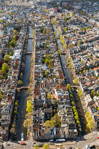 Amsterdam「Cityscape with canals, Amsterdam, Netherlands」:スマホ壁紙(10)