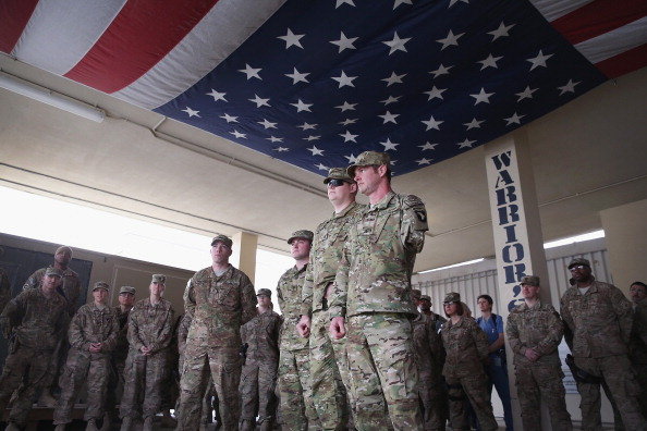 Daniel Gi「Wounded Soldiers Visit Afghanistan with Operation Proper Exit」:写真・画像(11)[壁紙.com]