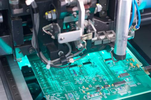 Mother Board「Machine building a motherboard」:スマホ壁紙(16)