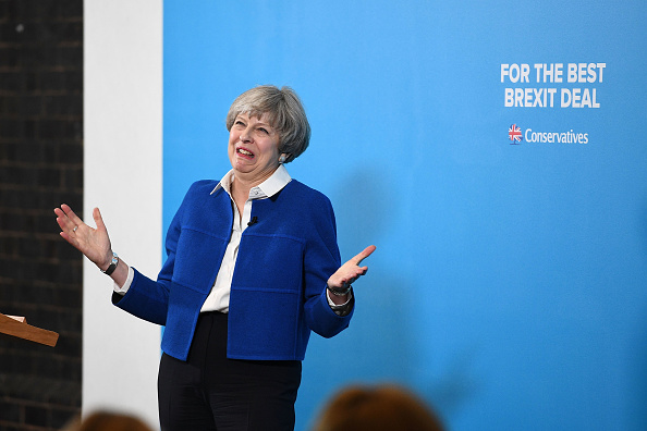 Politician「Theresa May Campaigns In Lancashire And The West Midlands」:写真・画像(1)[壁紙.com]