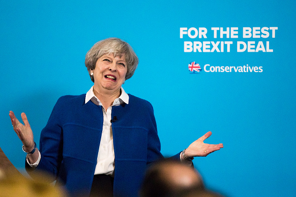 Theresa May「Theresa May Campaigns In Lancashire And The West Midlands」:写真・画像(17)[壁紙.com]