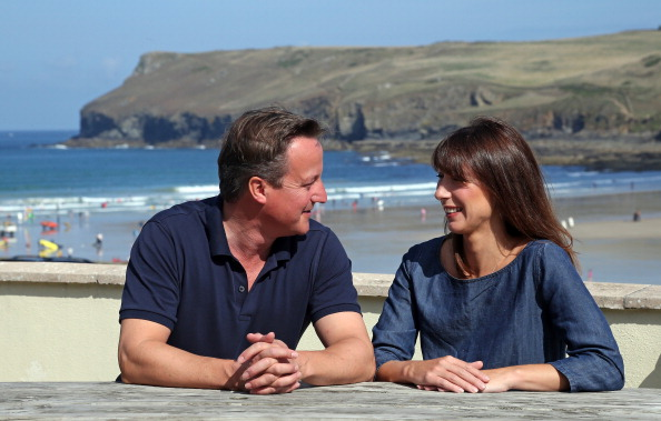 Bench「Prime Minister David Cameron Spends A Holiday In Cornwall With His Family」:写真・画像(16)[壁紙.com]