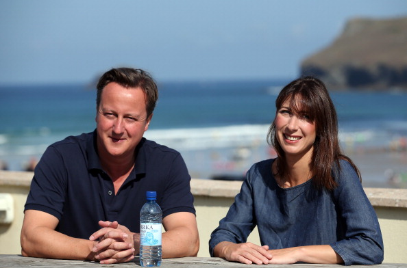 Bench「Prime Minister David Cameron Spends A Holiday In Cornwall With His Family」:写真・画像(1)[壁紙.com]