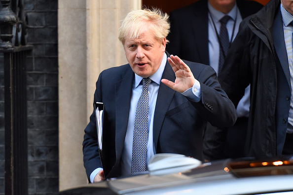 Boris Johnson「Parliament Sits On A Saturday To Vote On Boris Johnson's Brexit Deal」:写真・画像(14)[壁紙.com]