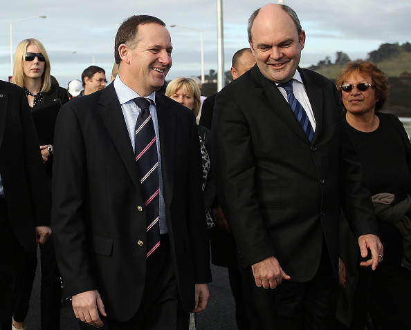 Transport Minister「John Key Attends Opening Of The SH20 Manukau Harbour Crossing In Auckland」:写真・画像(0)[壁紙.com]