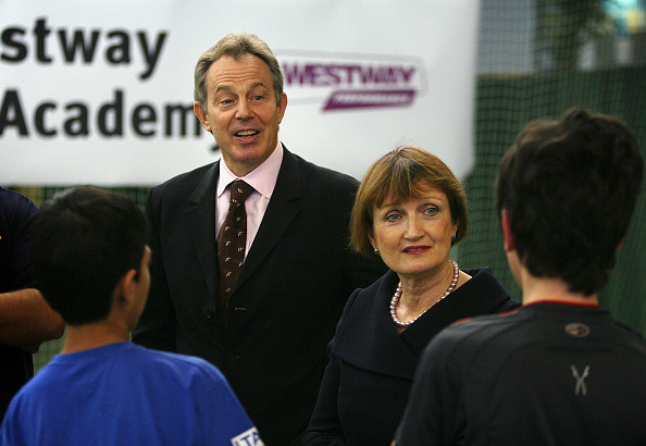 2012 Summer Olympics - London「Tony Blair Visits Sports Centre Ahead Of 2012 Olympics Announcement」:写真・画像(18)[壁紙.com]
