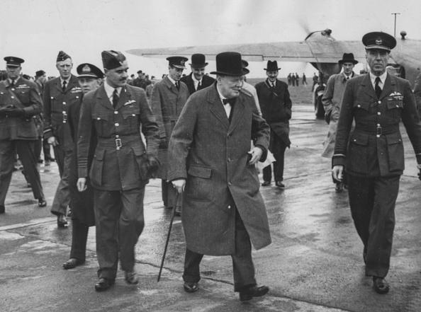 1人「Winston Churchill And Clement Attlee」:写真・画像(16)[壁紙.com]