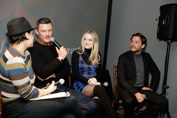 問う「Vulture + TNT Present 'The Alienist' in Park City, Utah」:写真・画像(18)[壁紙.com]