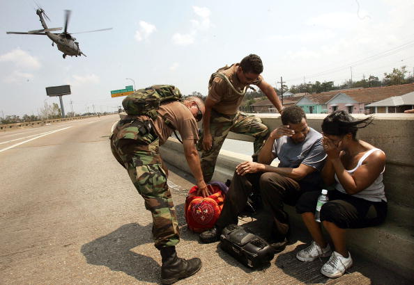Elevated Road「Rescue And Recovery Efforts Continue One Week After Hurricane Katrina」:写真・画像(8)[壁紙.com]