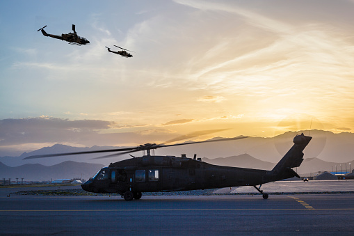 US Military「Military helicopters on Airbase at sunset」:スマホ壁紙(18)
