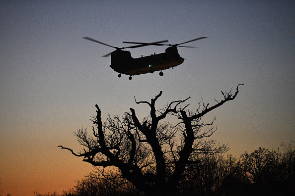 CH-47 Chinook「NATO Leaders Summit Takes Place In The UK - Day Two」:写真・画像(1)[壁紙.com]