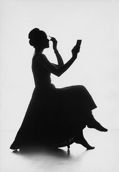 One Woman Only「Elegant Silhouette」:写真・画像(2)[壁紙.com]