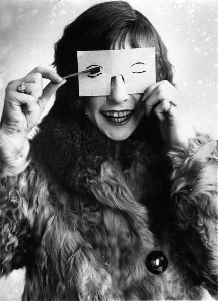 Women「Eyelash Stencil」:写真・画像(17)[壁紙.com]