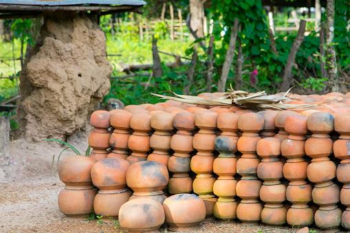 花瓶「Andong Russei pottery, Kamphong Chhnang, Cambodia」:スマホ壁紙(19)