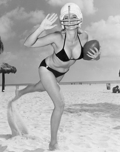 American Football - Sport「On The Ball」:写真・画像(10)[壁紙.com]