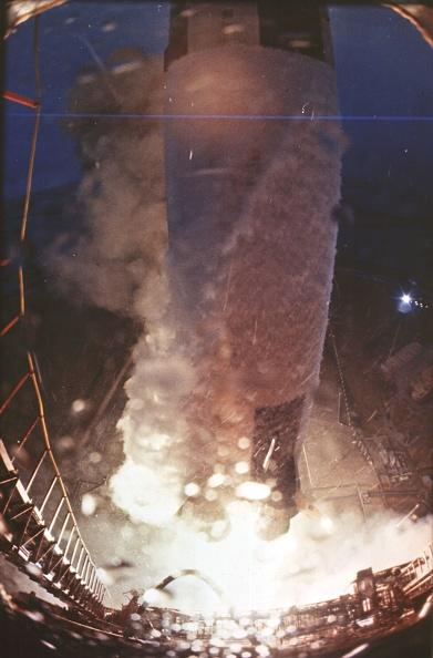 God「Apollo Launch」:写真・画像(10)[壁紙.com]