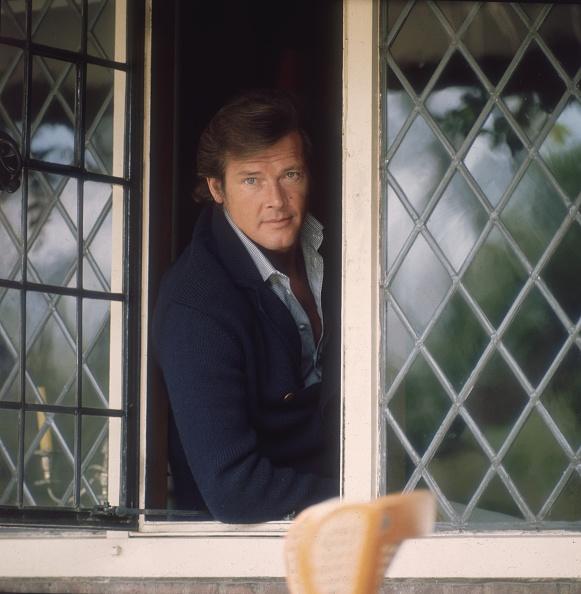 俳優「Roger Moore」:写真・画像(8)[壁紙.com]