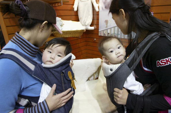 South Korea「BabyFair2005 Attempts To Tackle Low Korean Birth-rate」:写真・画像(16)[壁紙.com]