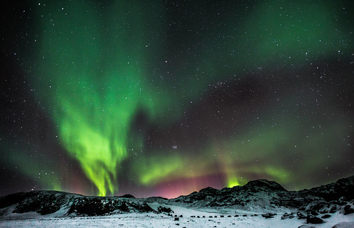 Saturated Color「Aurora Borealis - Lake Kleifarvatn - Iceland」:スマホ壁紙(3)