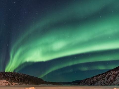 star sky「オーロラ, ユーコン準州, カナダ」:スマホ壁紙(6)