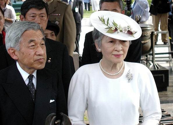 Emperor Akihito「Visit of the Emperor of Japan Akihito with his wife in Poland」:写真・画像(4)[壁紙.com]