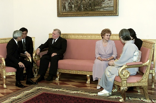 Emperor Akihito「Visit of the Emperor of Japan Akihito with his wife in Poland」:写真・画像(19)[壁紙.com]