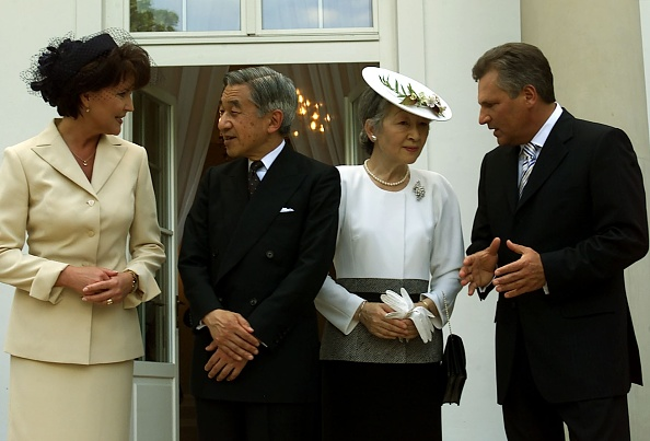 Japanese Royalty「Visit of the Emperor of Japan Akihito with his wife in Poland」:写真・画像(15)[壁紙.com]