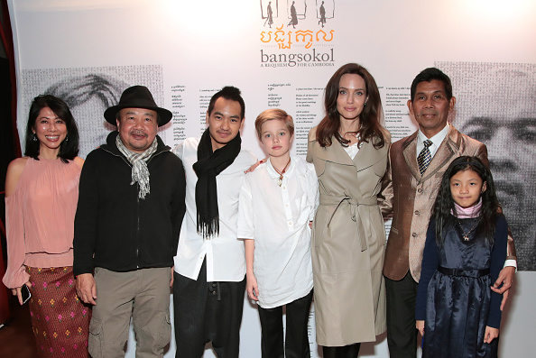 Angelina Jolie「Angelina Jolie Attends Bangsokol: A Requiem for Cambodia at BAM (Brooklyn Academy of Music)」:写真・画像(15)[壁紙.com]