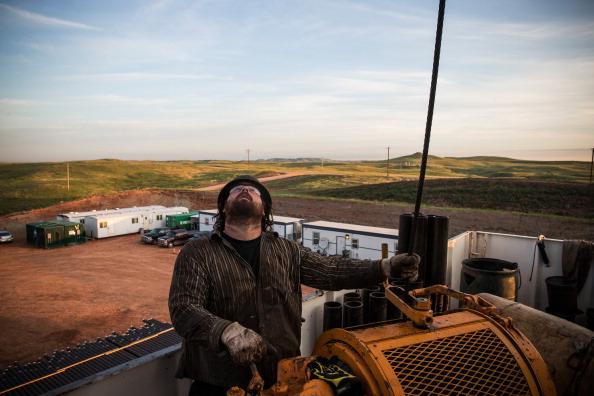 Shale「Oil Boom Shifts The Landscape Of Rural North Dakota」:写真・画像(13)[壁紙.com]