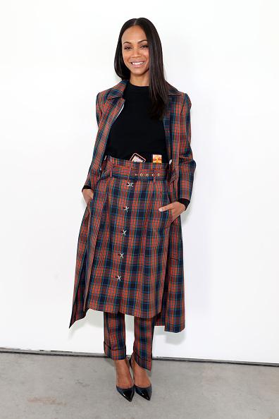 Zoe Saldana「Tory Burch Fall Winter 2019 Fashion Show - Backstage」:写真・画像(8)[壁紙.com]