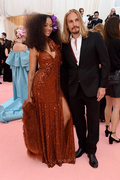 Curly Hair「The 2019 Met Gala Celebrating Camp: Notes on Fashion - Arrivals」:写真・画像(5)[壁紙.com]