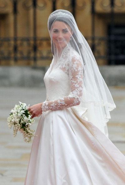 Bride「Royal Wedding - Wedding Guests And Party Make Their Way To Westminster Abbey」:写真・画像(9)[壁紙.com]