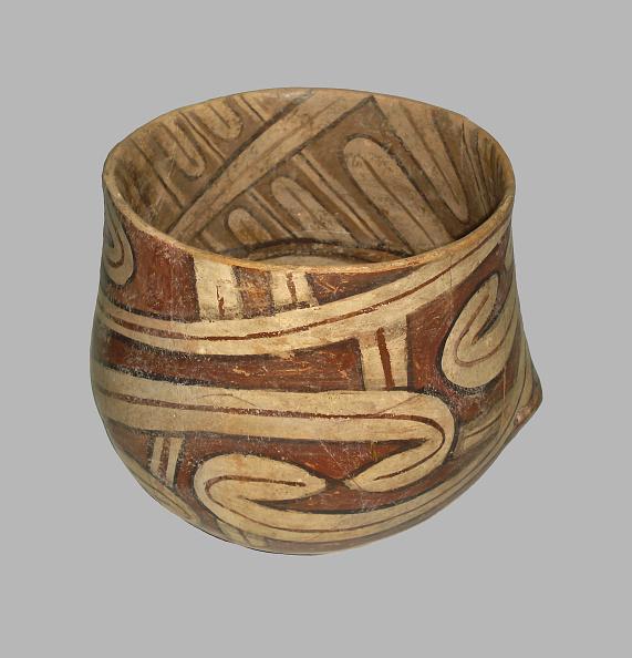 Pottery「Vessel, 4100 BC. Artist: Prehistoric Russian Culture」:写真・画像(10)[壁紙.com]