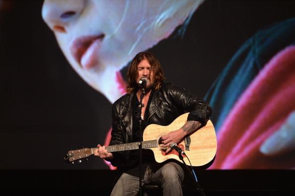 Alberto E「22nd Annual Movieguide Awards Gala - Show」:写真・画像(9)[壁紙.com]