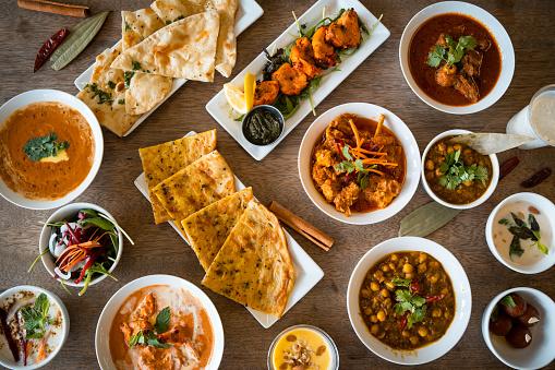 Chicken Tandoori「Table top view of Indian food.」:スマホ壁紙(2)