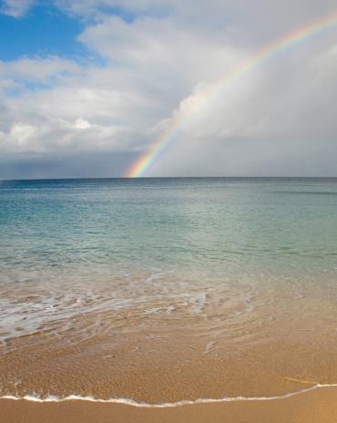 虹「Rainbow over Kaanapali beach, Maui」:スマホ壁紙(10)