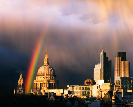 Rainbow「Rainbow over city of London and St Paul's」:スマホ壁紙(7)
