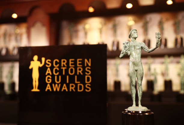 Statue「24th Annual Screen Actors Guild Awards - Trophy Room」:写真・画像(14)[壁紙.com]